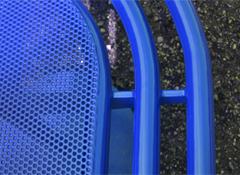 Banc métallique et ergonomique ZIG-ZAG